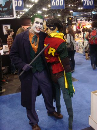 Joker beating Robin
