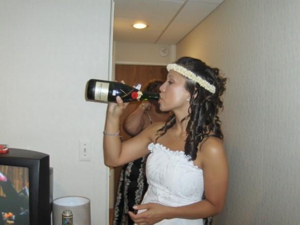 Sis_drinking
